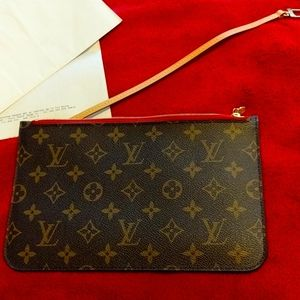 Louis Vuitton Neverfull wristlet nwot auth!